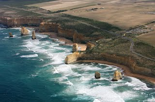 Great Ocean Road By Limo Limousine Hire In Melbourne