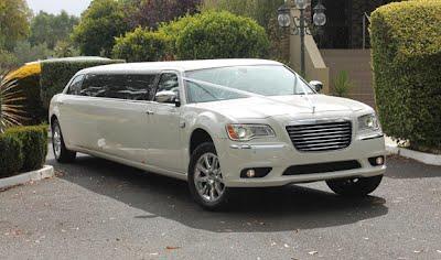 White Chrysler Limo New Front