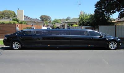 g6 Limousine 12 Passenger